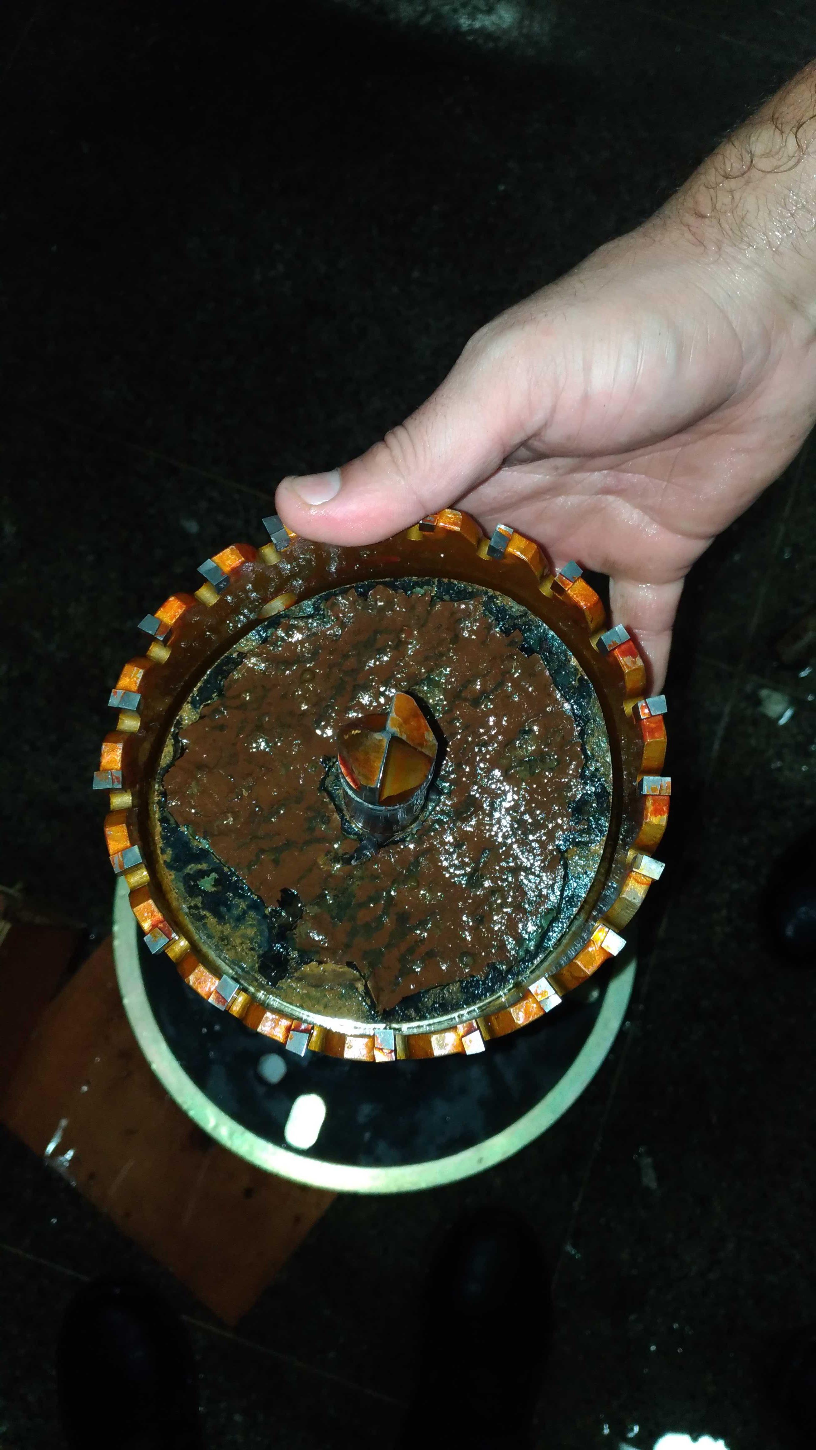 Trepanação – Perfurações em tubulações com carga